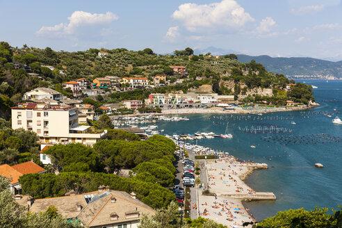 Italy, Liguria, La Spezia, View to Portovenere - AMF001963