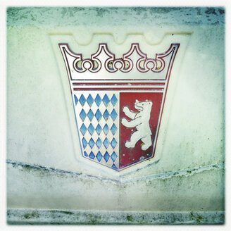 Crest on Berlin Camping Weighing in Bavaria, Iffeldorf, Germany - GSF000849