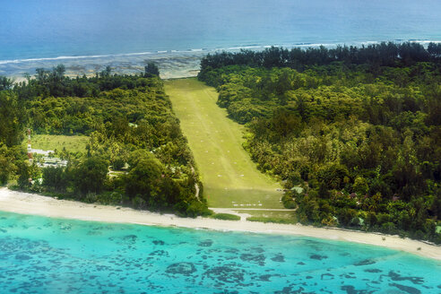 Seychelles, Northern Coral Group, Denis Island, landing strip - WE000046
