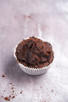 Chocolate cup cake in paper cup - MYF000237