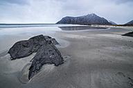 Scandinavia, Norway, Lofoten, rocks at the beach, coast near Flakstad - STSF000362