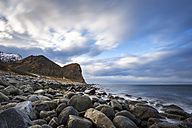Scandinavia, Norway, Lofoten, rocks and waves at the coastline of Unstad - STSF000365