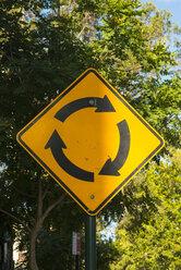 Australia, Sydney, roundabout sign - FBF000294