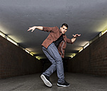 Young breakdancer in underpass - STSF000396
