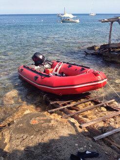 Spain, Ibhiza, motor boat, summer - TK000330