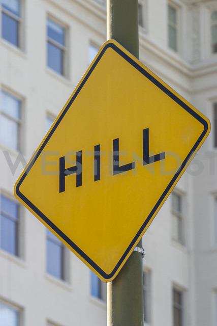 USA, California, San Francisco, hill road sign - NKF000083