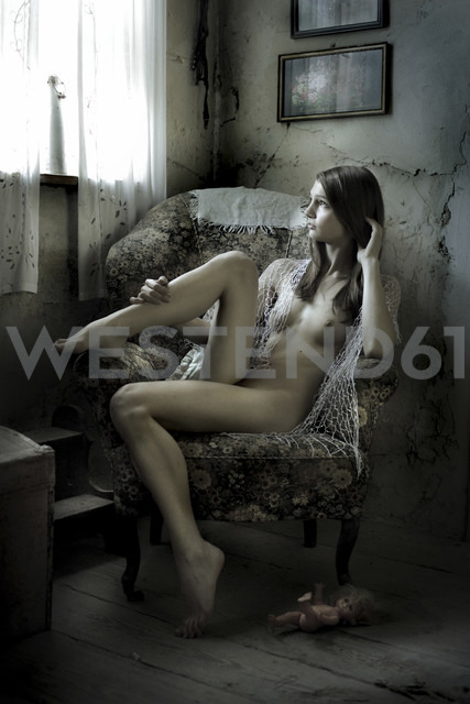 Female nude in armchair - CvK000041