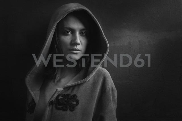 Portrait of woman wearing hooded jacket - CvK000057