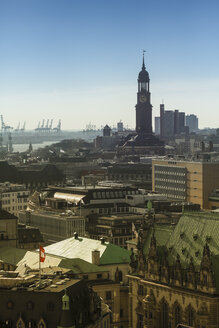 Germany, Hamburg, Cityscape from St. Petri church with St. Michaelis Church and harbor - KRP000426