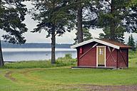 Sweden, Leksand, Hut at Lake Siljan - BR000277