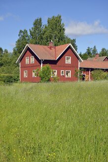 Sweden, Dalarna, Typical red wooden house - BR000323