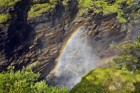 Sweden, Gaeddede, Waterfall Haellingsafallet - BR000528