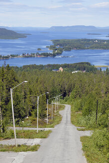 Sweden, Storuman, View above lake with islands - BR000440