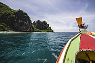 Thailand, Koh Phi Phi Don, Boat trip to an island - THAF000255