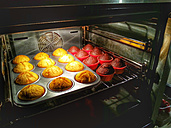 Cup cakes, cup shape, muffins, oven, Studio - CSF021247