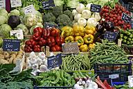 Italy, Alto Adige, Bolzano, Vegetable stall at the market - GF000427