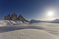 Italy, Alto Adige, Sexten Dolomites, Hochpuster Valley, Tre Cime di Lavaredo against the sun - GFF000437