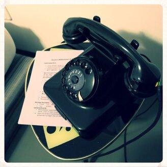 Retro Dial Telephone - ED000064