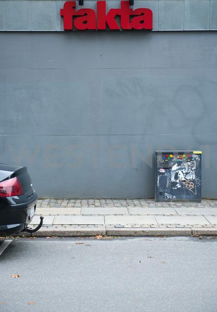 Denmarkm Copenhagen, Fakta, Discount supermarket - VI000255 - visual2020vision/Westend61