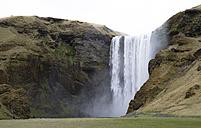 Iceland, Sudurland, Skogafoss waterfall - STC000001