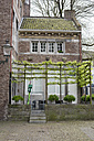 Netherlands, Maastricht, town house with trellis - HLF000456