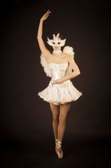 Young ballerina in angel costume and mask - FBF000372