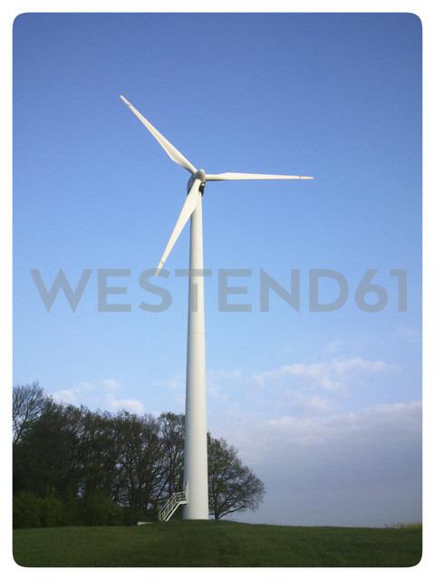 Germany, North Rhine-Westphalia, Petershagen, wind turbine in rural landscape near Petershagen. - HAWF000128