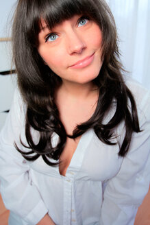 Portrait of smiling dark-haired woman - AFF000070