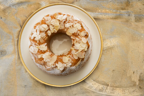 Low carb almond ring cake - CSTF000282