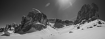 Italy, Dolomites, Alpine hut in Sella Group - FF001400