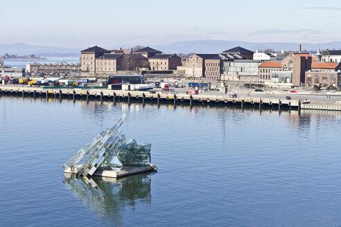 Scandinavia, Norway, Oslo, Harbour, Sculpture - JFE000385