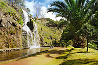 Portugal, Azores, Sao Miguel, Waterfall at Parque Natural da Ribeira dos Caleiroes - ON000543