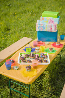 Table of children's birthday party - MJF001150