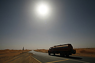 United Arab Emirates, Abu Dhabi, Desert, truck on road - TMF000008