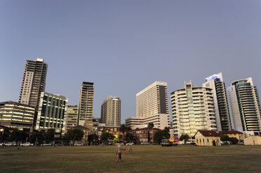 Australia, Perth, central business district, Langley Park, high-rise buildings in the evening light - MIZ000522
