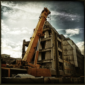 demolition crane, construction site, Munich, Germany - SRSF000476