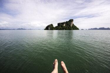 Thailand, Koh Yao Noi, Laem Sak, Rock formation in Andaman Sea - THAF000339
