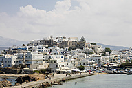Greece, Cyclades, Naxos City, Cityscape and harbour - KRPF000516