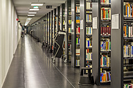 Germany, Berlin, book shelves at Jacob-und-Wilhelm-Grimm-Zentrum - NK000105