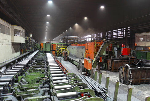 Interior of a tube rolling mill - SCH000176