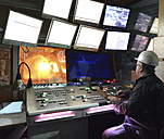 Technician in control room of a tube rolling mill - SCH000184
