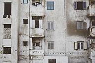 Egypt, Luxor, facade of multi-family house, partial view - STDF000105