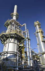 Germany, chemical industry, petroleum refinery - SCH000212