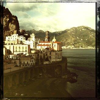 Italy, Campania, Amalfi Coast, Atrani, townscape - STE000104