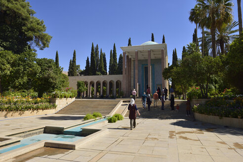Iran, Fars, Shiraz, Mausoleum of the Persian poet Saadi Shirazi - ES001148