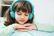 Portrait of little girl with headphones - LVF001303