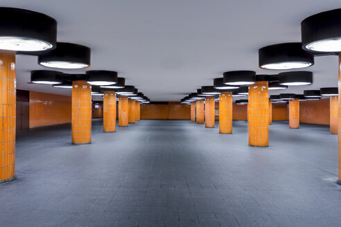 Germany, Berlin, unfinished subway station at the international congress centrum - NKF000147