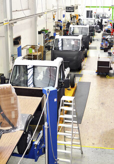 Assembly line production of motorhomes in a factory - SCH000254