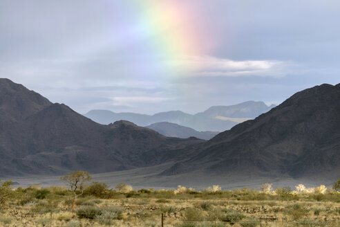Africa, Namibia, Rainbow over Sossusvlei - HLF000588