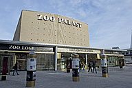 Germany, Berlin, view to refurbished cinema 'Zoo Palast' - AS005383